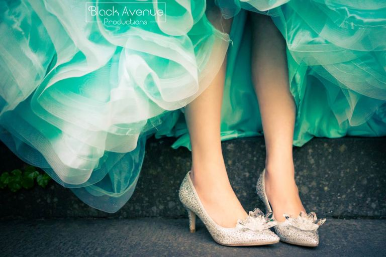 Jimmy choo wedding shoes bling bling for her wedding photograph