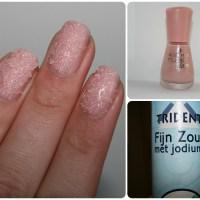 Nail art Experiment: Salt nails