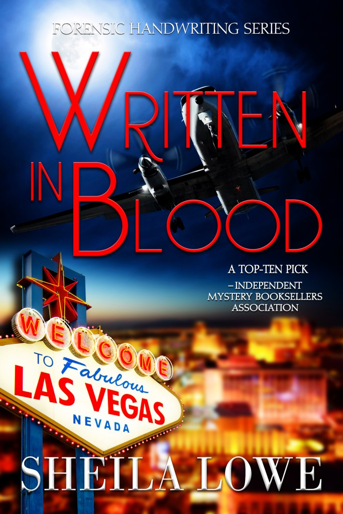 Book cover of Written in Blood by Sheila Lowe