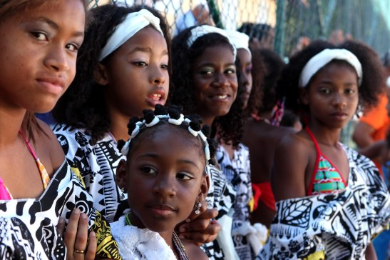 Young women from the Colégio Estadual Nossa Senhora de Fátima in Salvador, Bahia