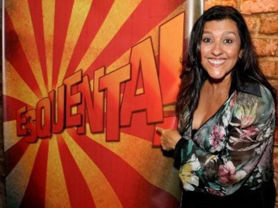 Host Regina Casé presents the program 'Esquenta'
