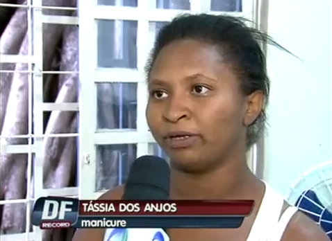 Customer didn't want to be served by Thássia dos Anjos because she is black