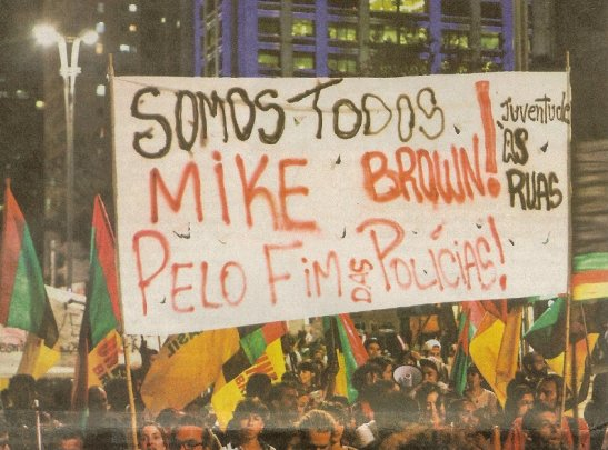 São Paulo - In the capital city, people marched not only for Afro-Brazilians but also in solidarity with fight for justice in the murder of African-American youth Mike Brown