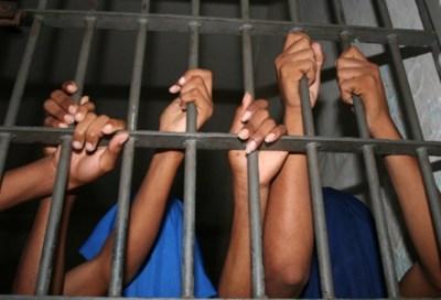 prisão-de-jovens