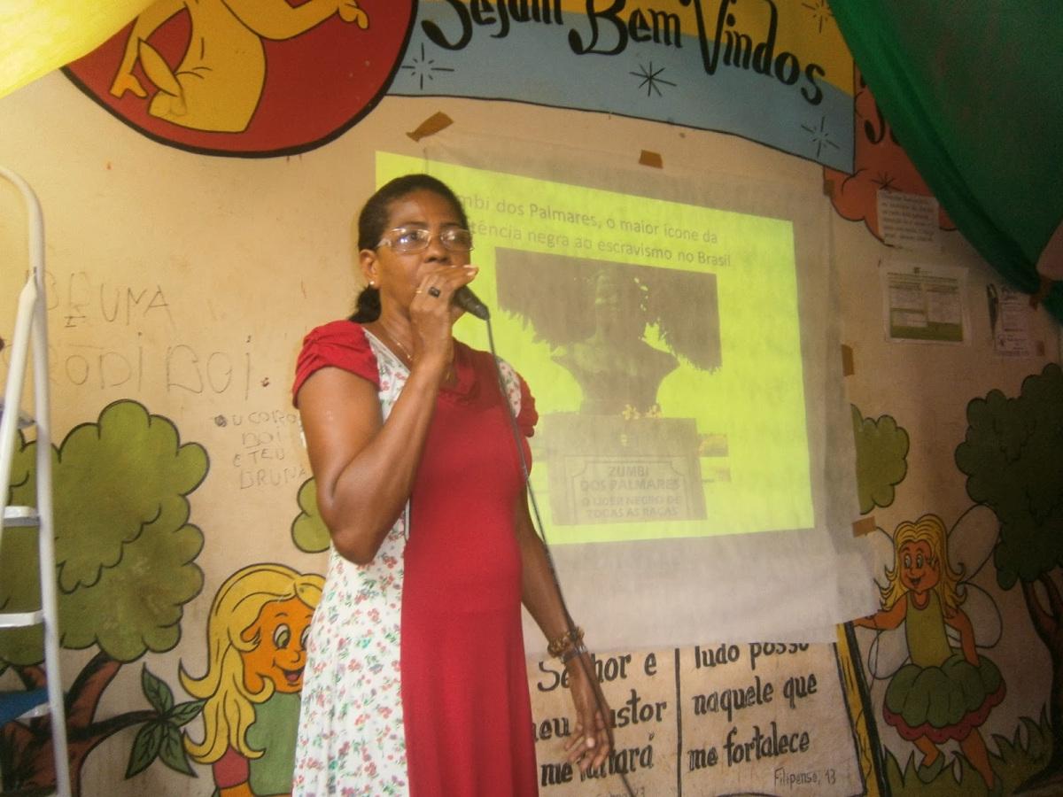 Francione Oliveira professora Escola Santos Dumont