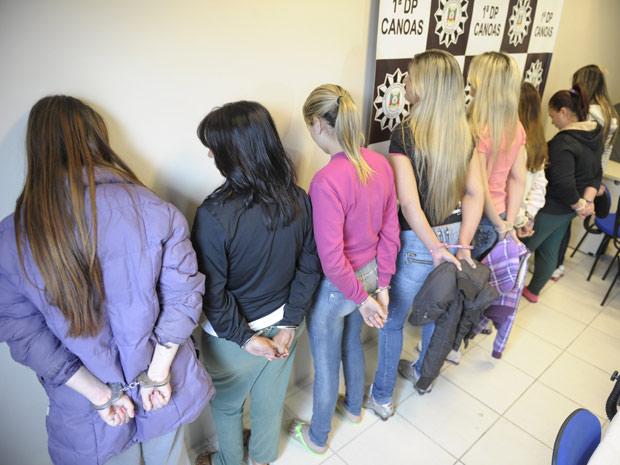 Oito mulheres, namoradas de traficantes presos, comandavam o tráfico de drogas em Canoas