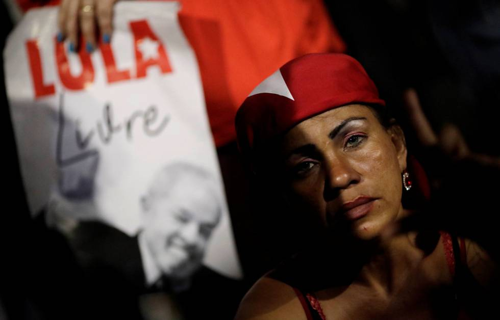 A Lula supporter discouraged about the Supreme Court's decision