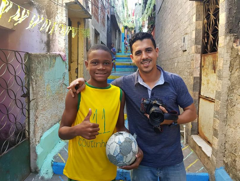 Photographer Bruno Itan with Wallace (Bruno Itan-Olhar Complexo)