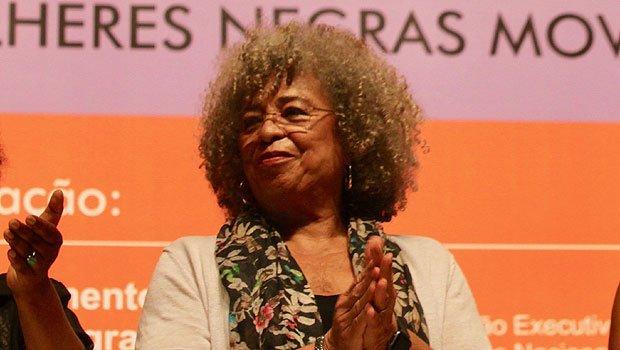 Angela Davis na solenidade de abertura do Encontro Nacional de Mulheres Negras – 30 anos. Foto - Itandehuy Castañeda