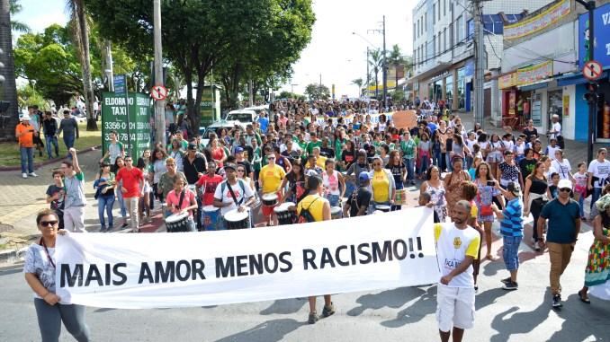Mais amor menos racismo marcha combate ao racismo 42