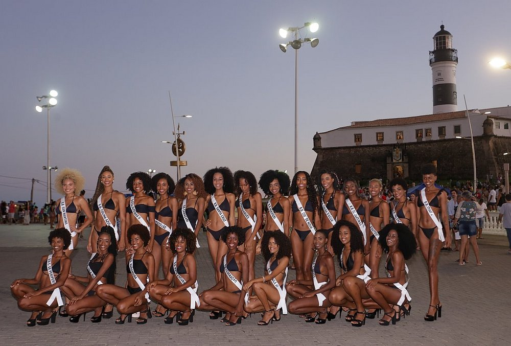 Contest for black models held in Salvador on June 15th
