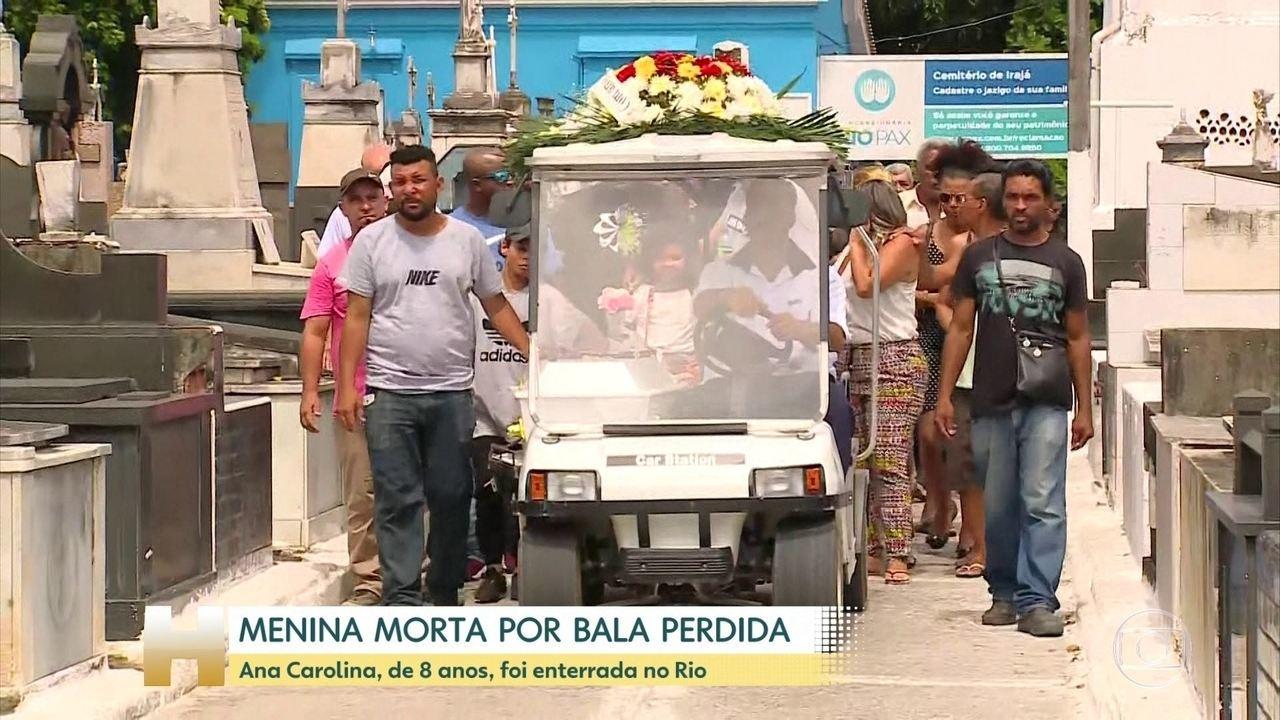 Anna Carolina de Souza Neves killed by a stray bullet in Rio de Janeiro