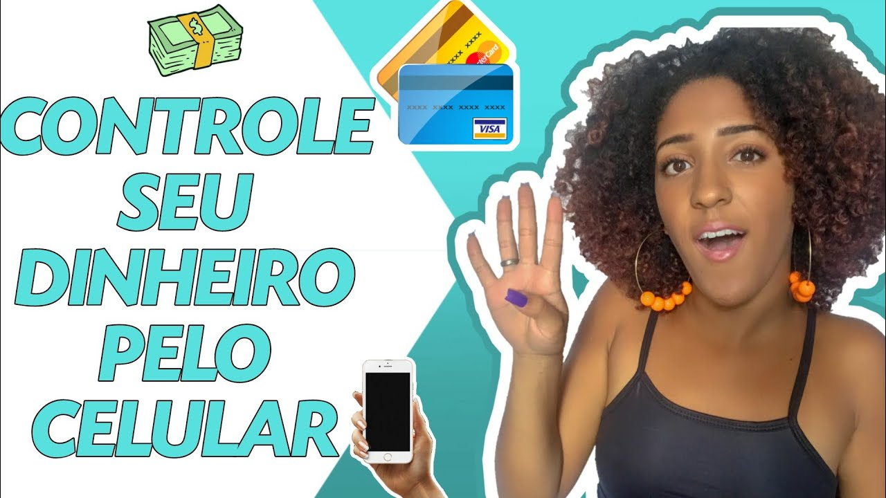 Nathália Rodrigues runs a YouTube channel focused on financial education