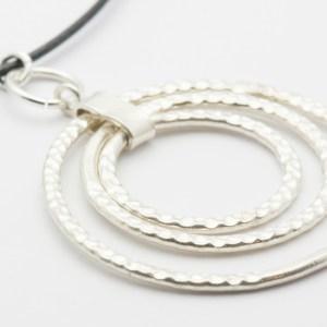 Silver Circles Pendant Necklace