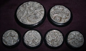 1x 50mm, 1x 40mm & 4x 30mm Nightmare Bases base inserts