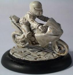 Tcho Tcho on motorbike