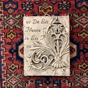 """""""Fleur de Lis"""" Painted Beeswax Plaque"""