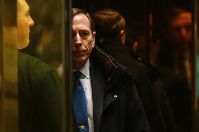 Former CIA director David Petraeus arrives to meet with U.S. President elect Donald Trump at Trump Tower New York, U.S., November 28, 2016. (REUTERS/Lucas Jackson)