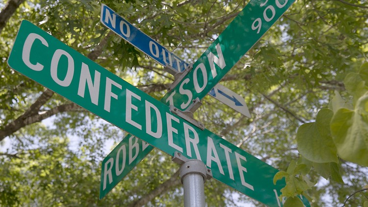The city of Austin's equity office has recommended changing various street names with historical ties to the Confederacy. One of those streets, Confederate Street, runs for half a block near Mathews Elementary. (CREDIT: RALPH BARRERA/AMERICAN-STATESMAN)