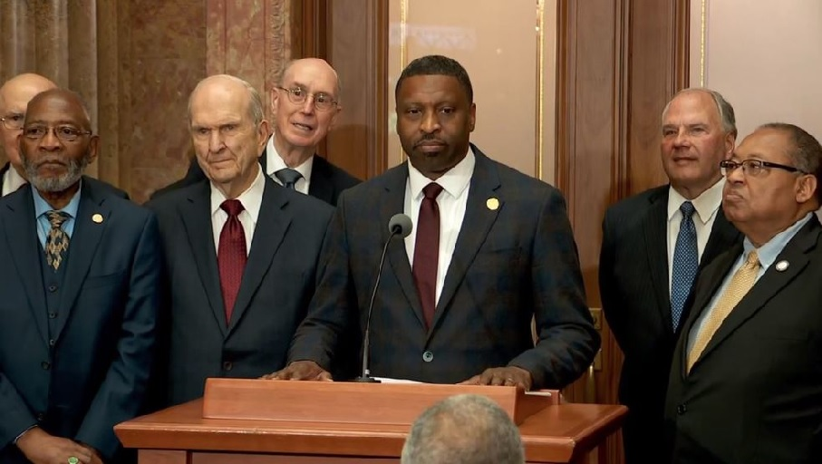 Last month: LDS Church meets with NAACP one month before 40 year anniversary of decision to end ban on black males holding the priesthood. (Photo: KUTV)