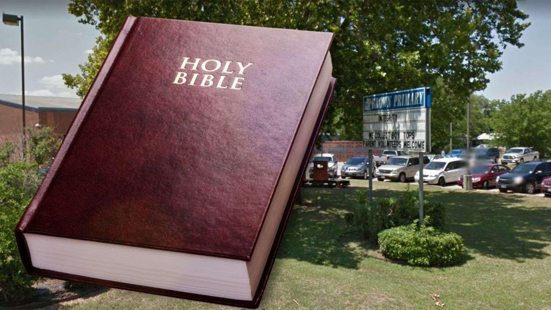 Susan Schobel, a first-grade teacher in Texas, received support for having kids in her classroom recite a Bible verse, although a few parents were upset. (iStock/Google Maps)