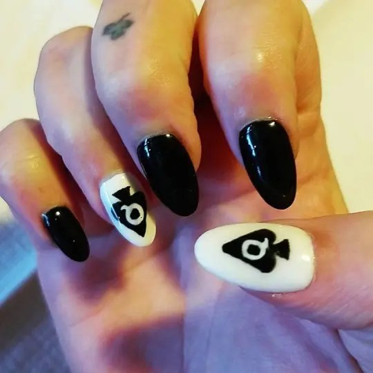 Queen of Spades Iconography - image  on https://blackcockcult.com