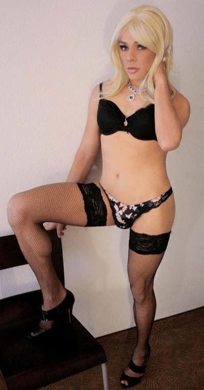 The Sissy Bulge - image  on https://blackcockcult.com