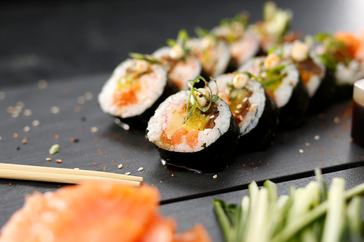 How to make sushi diabetes friendly blackdoctor sushi forumfinder Images