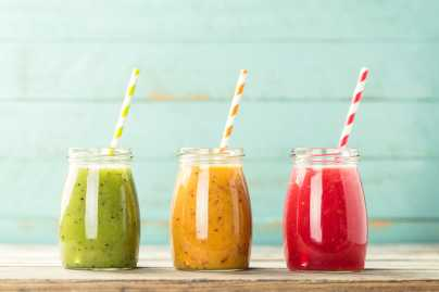 Summer detox smoothies