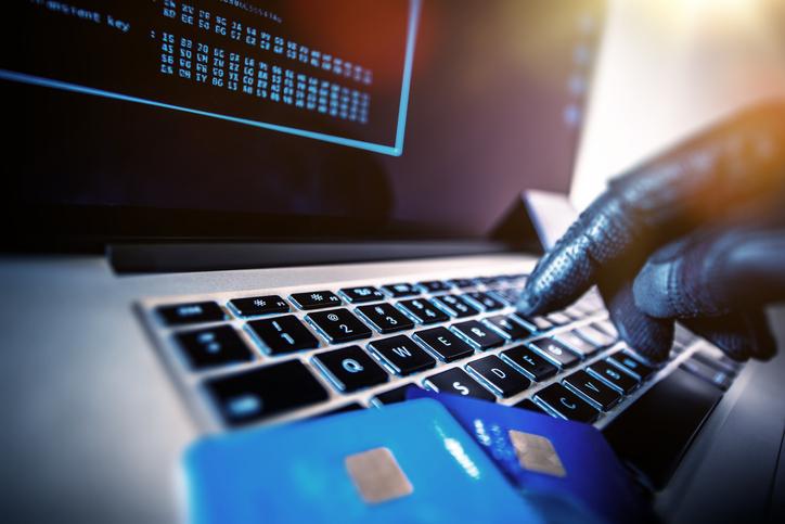 credit card laptop identity theft