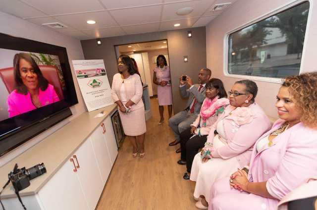 Alpha Kappa Alpha Gives Free Mammograms At ESSENCE Fest