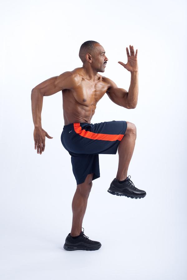 knee raise 1
