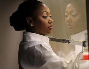 Dr.-Hadiyah-Nicole-Green