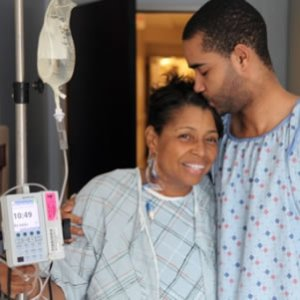 Anthony Brown donates kidney to mother