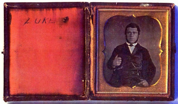Luke cased image, lighter