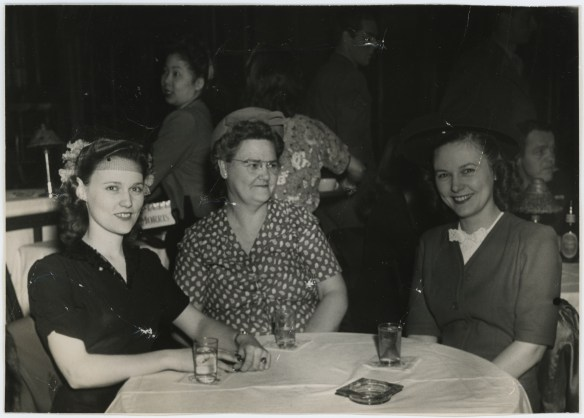 1945 Chinese Skyroom photo