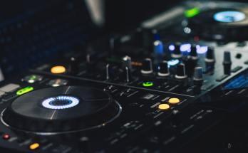 DJ Controller Black Friday Deals 2019