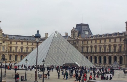 the-louvre-museum