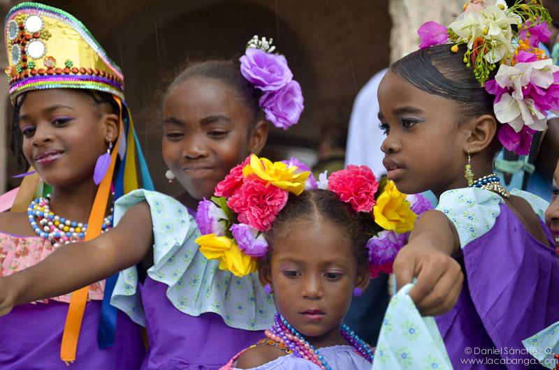 15 Incredible Photos Of Afro Panamanian Traditional Dress