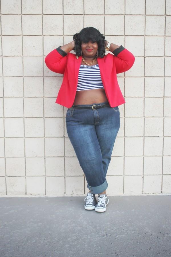 plus-size-sneaker-outfit-fashion