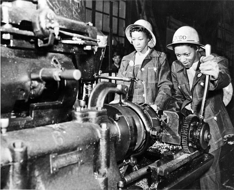 Image result for rosie the riveter american ww2