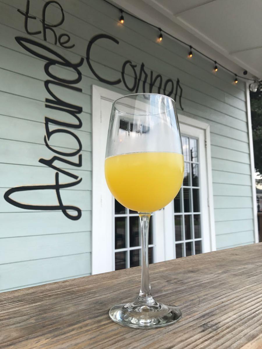 Brunch-At-Around-The-Corner-Mimosa