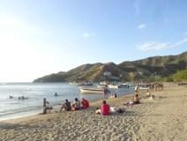 Taganga-people-at-beach