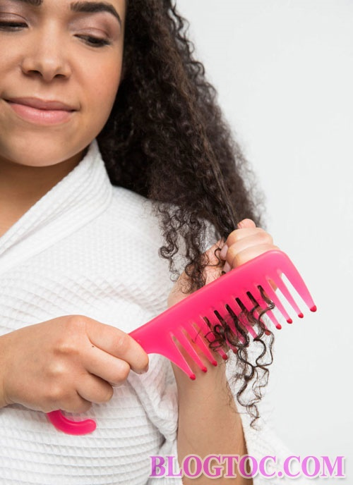 How to keep curls beautiful without simple drying at home 5