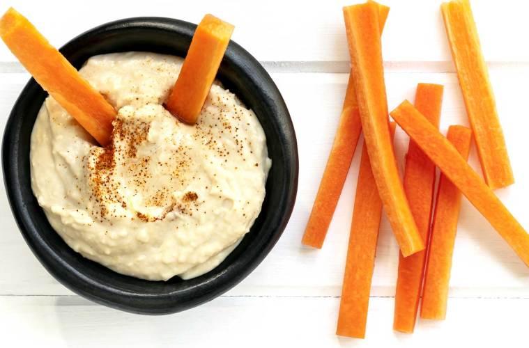 Hummus and Carrots