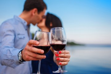 Wine Kissing
