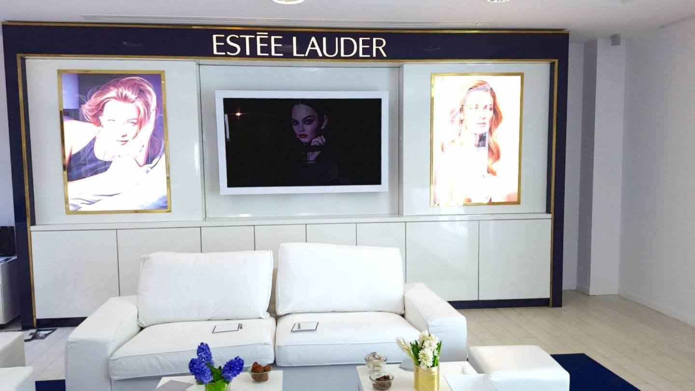 Le Salon Bleu Estee Lauder