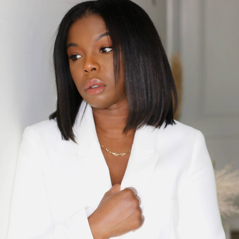 image feature black woman using GHD Styler Platinium +