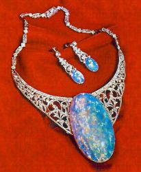 Australian opal collection of queen Elizabeth ii England's royal family favorite gem stones