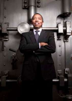 Preston D. Pinkett, III - CHAIRMAN & CEO City National bank